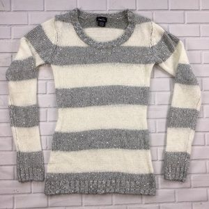 Rue21 Scoop Neck Pull Over Sweater Wool Blend M